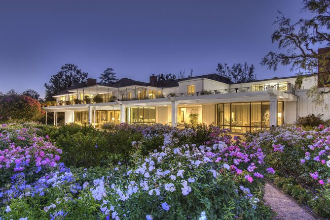 Extraordinary Home Of The Week Bob Hope S Toluca Lake