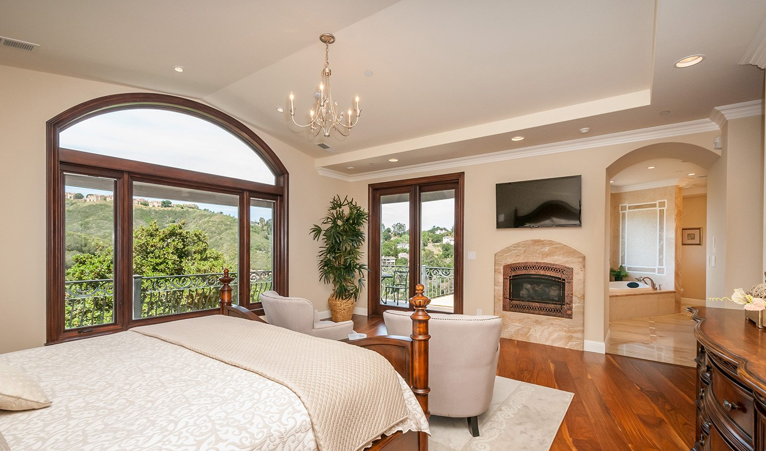 Record setting sale in san carlos for Spa inspired bedroom designs