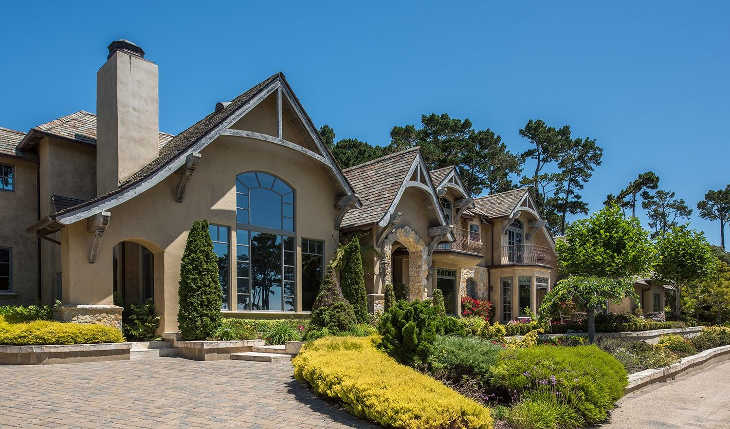 Extraordinary home of the week french country estate in for 17 mile drive celebrity homes