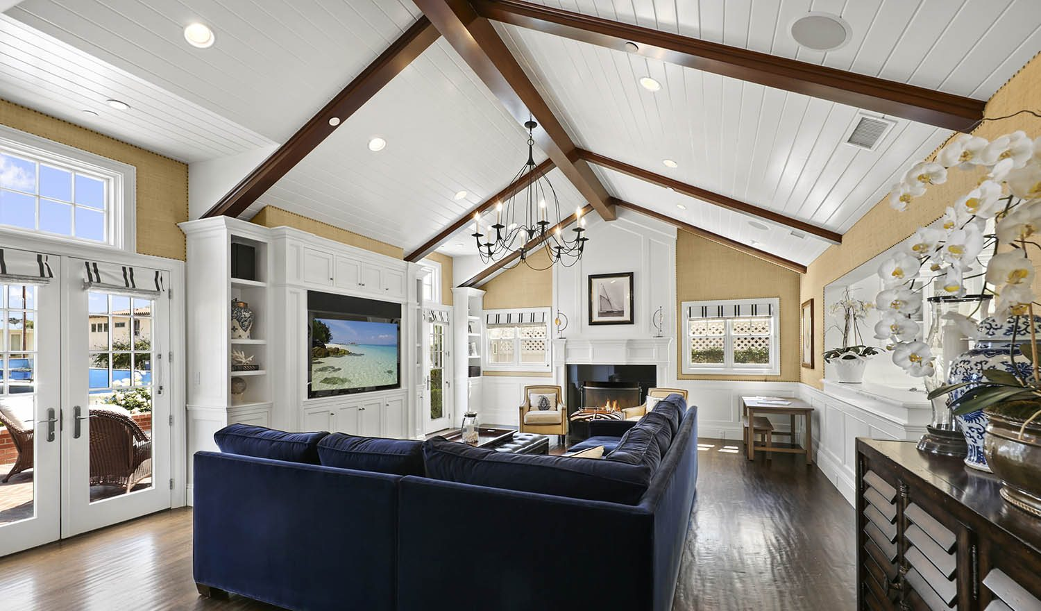 Extraordinary Home of the Week: Cape Cod in Corona del Mar ...