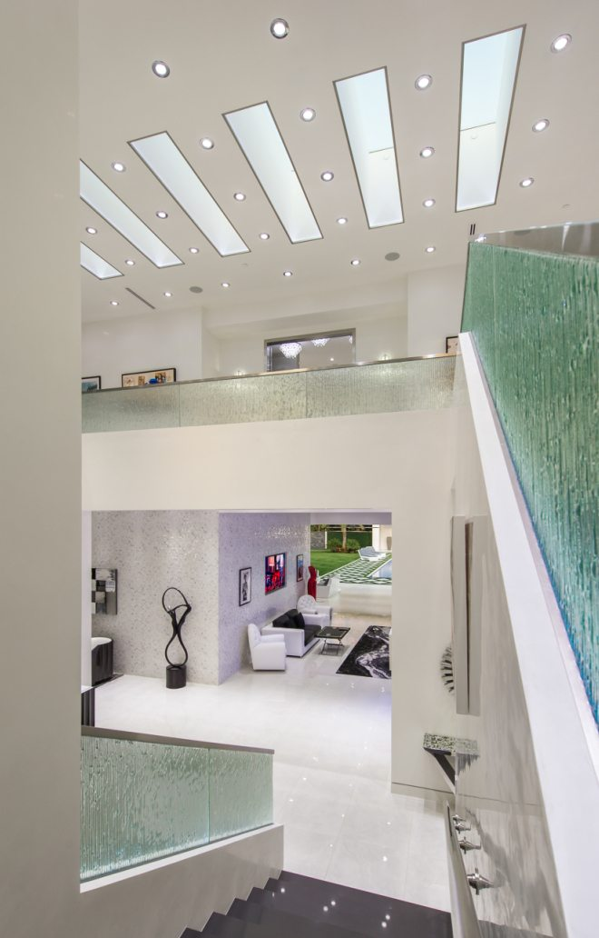 Extraordinary Home of the Week: Modern Luxury in Beverly ...