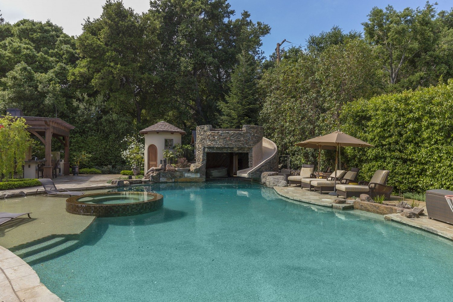 extraordinary home of the week private lindenwood estate in