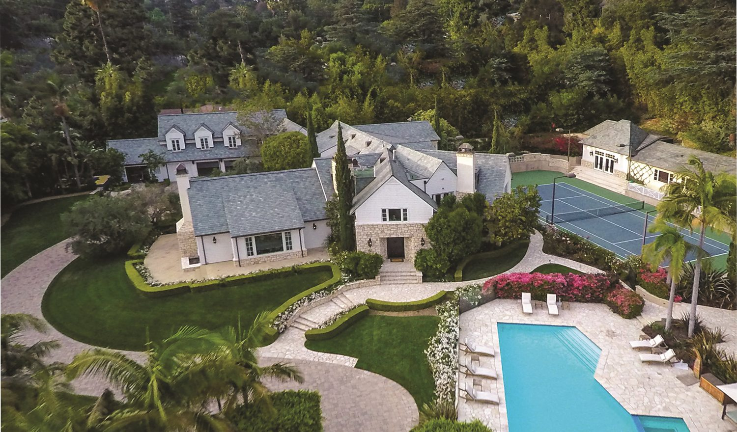 Extraordinary Home Of The Week Beverly Hills Celebrity