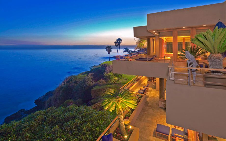 Extraordinary home of the week laguna beach estate for Houses in laguna beach