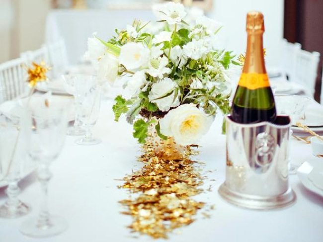 Original_Camille-Styles-Oscars-Party-Table-Setting_s4x3_lg