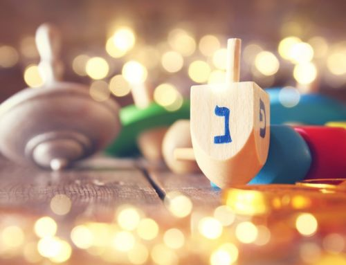 Tips for Throwing the Perfect Chrismukkah Celebration