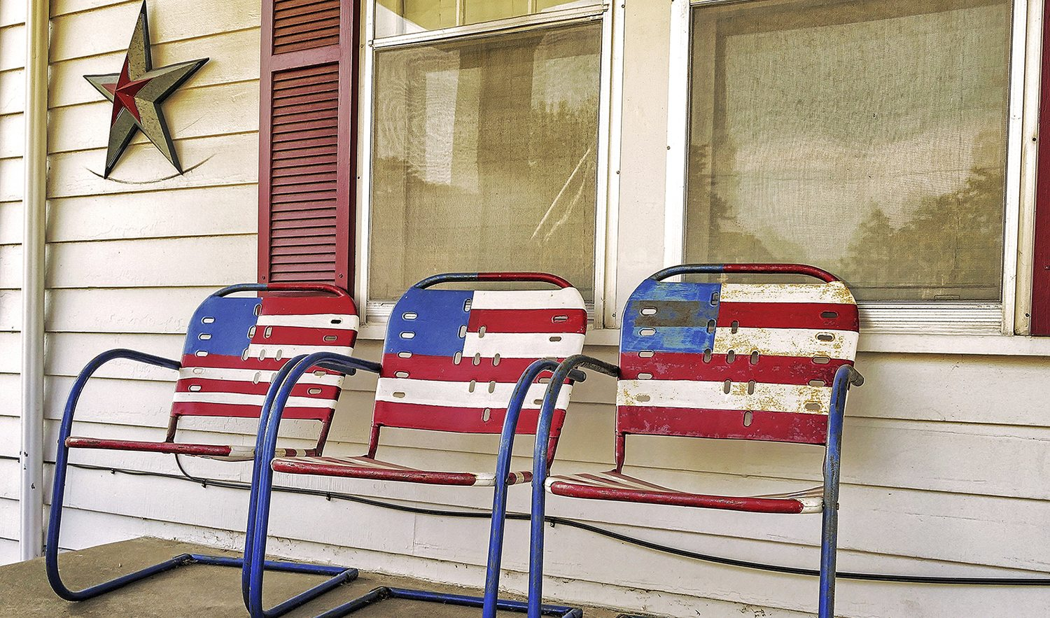 Americana home style not just for july 4th anymore for Americana homes