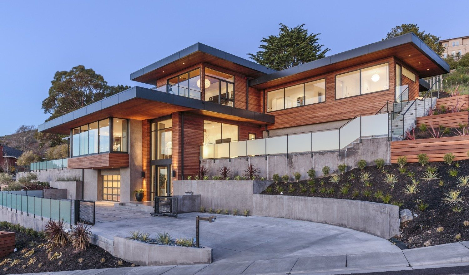 Extraordinary Home of the Week: New Modern Smart Home in Tiburon