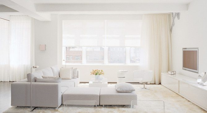 White out white home d cor that will take you well past for Modern day living room ideas